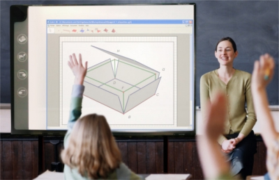 Students in math class answering their teacher with cabri 3D software